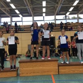 2016-10-08 Bezirksmeisterschaften U11-U19 Siegerehrung DD U13 Lara Grätke