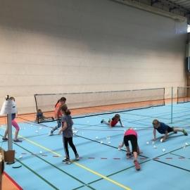 2017-08-07 Ferienpass Badminton (1) Aufwaermen